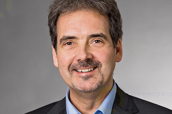 Dr. Andreas Bröker